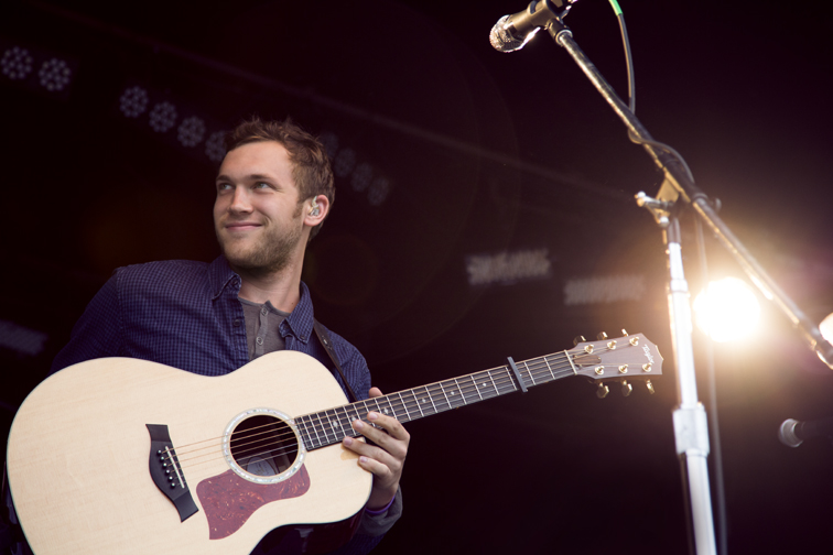 20131002133012Phillip_Phillips